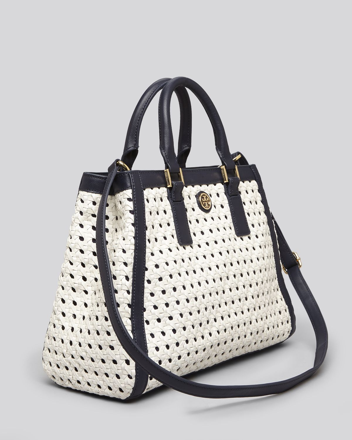 ae2723c7754 Lyst - Tory Burch Tote Robinson Basket Weave Colorblock Triangle in Blue