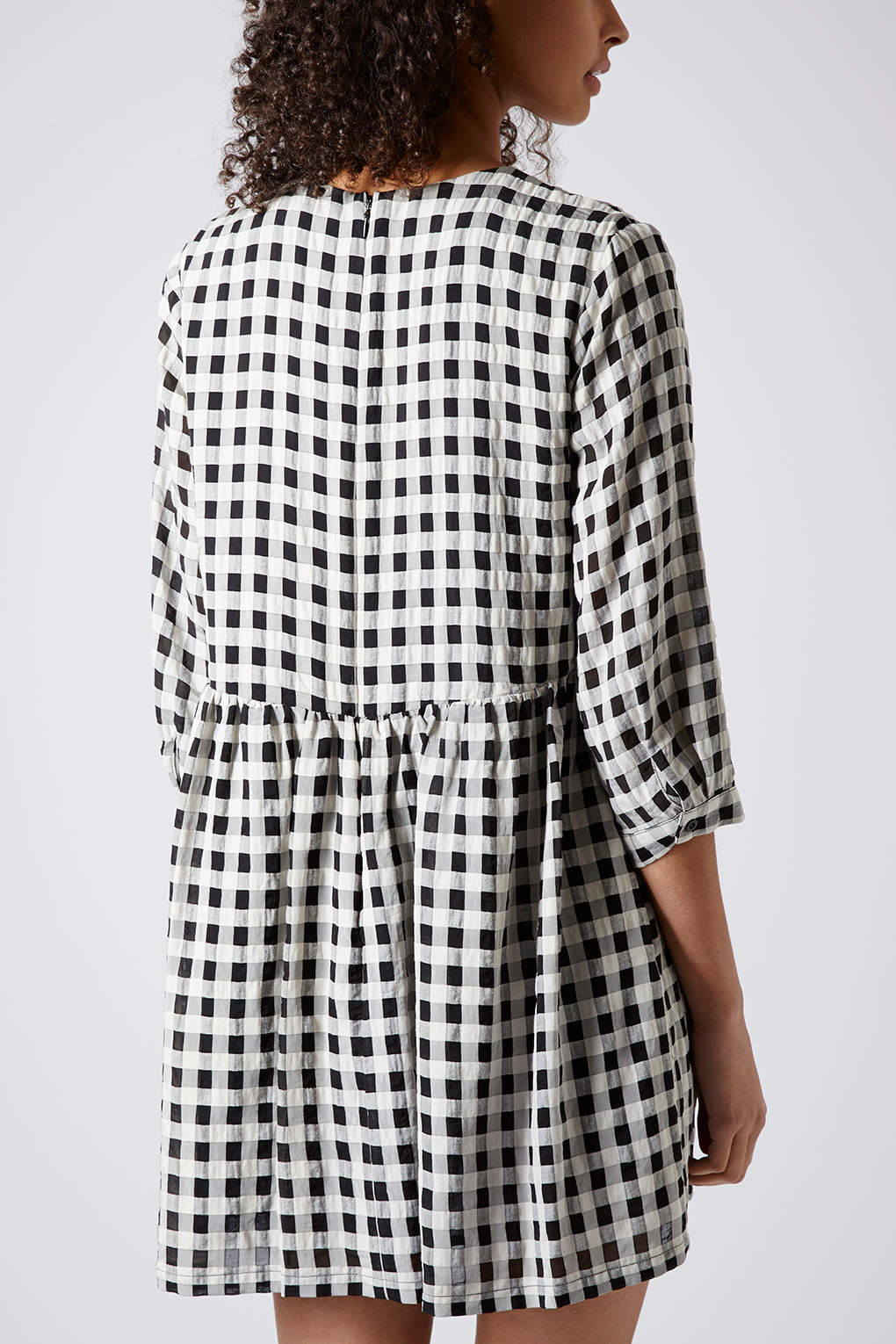 Topshop Searsucker Gingham Smock Dress In Monochrome