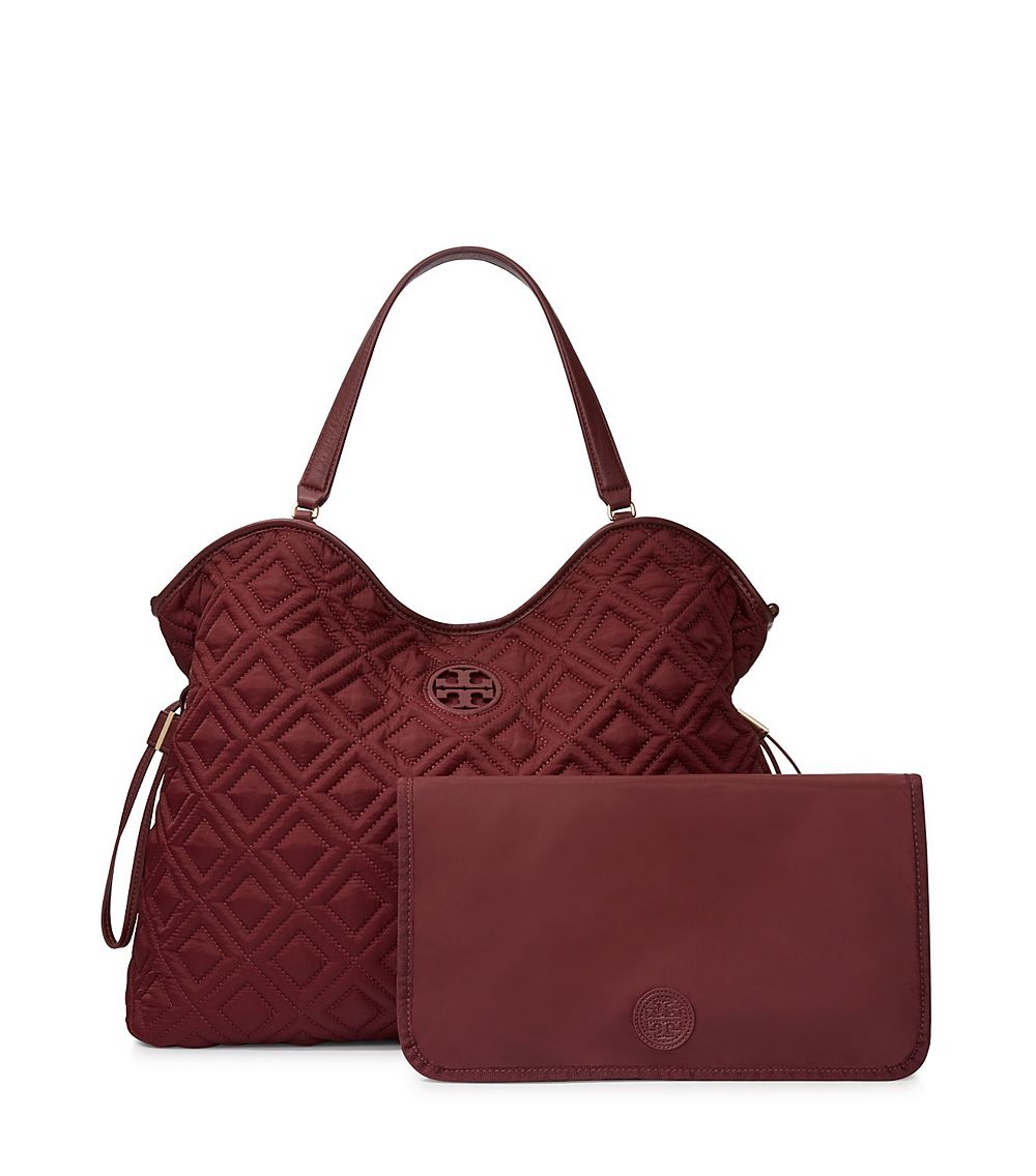 91d81aa15b01 Tory Burch Marion Quilted Slouchy Baby Bag in Purple - Lyst