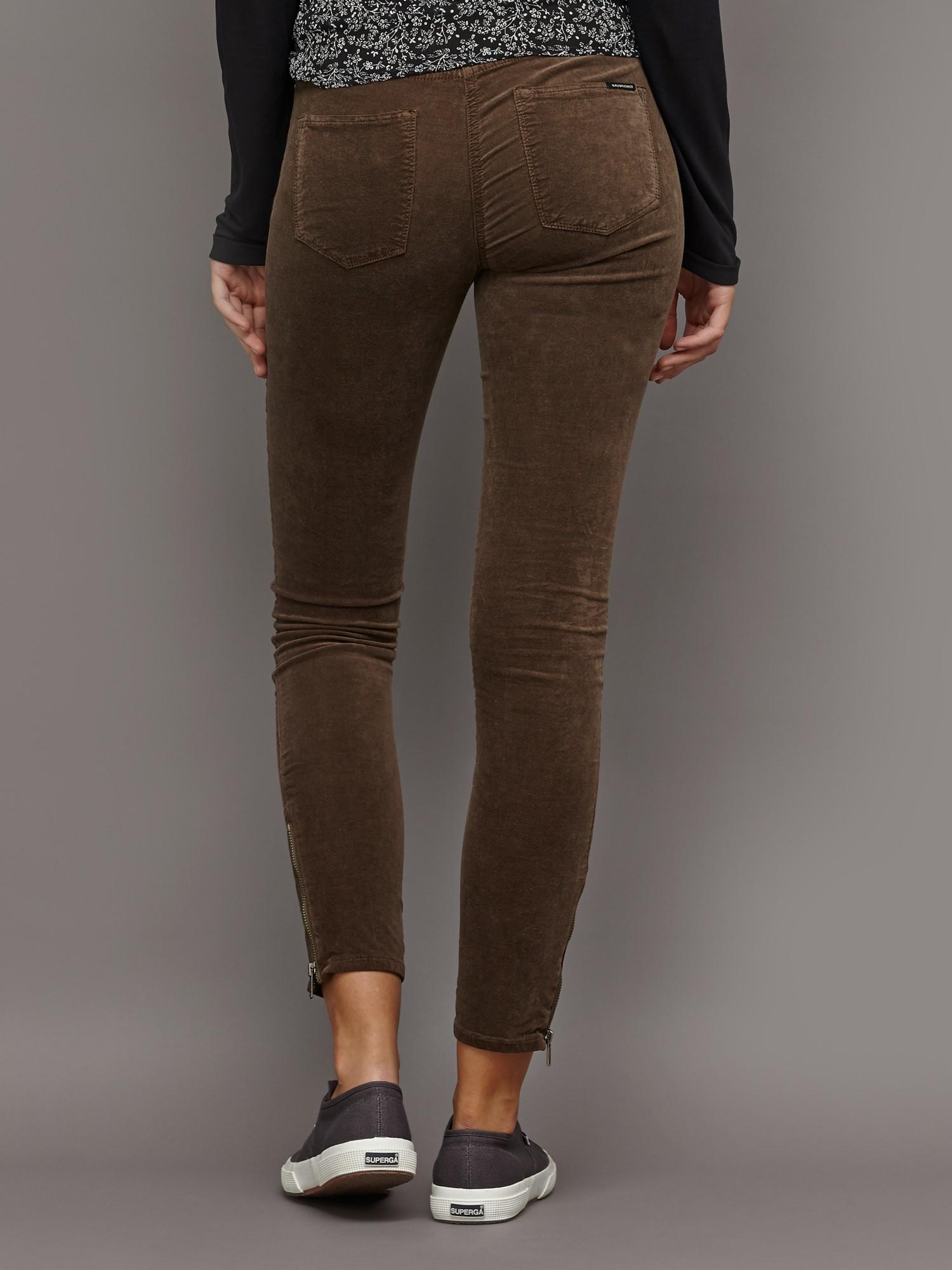 c7d8442b862d9 Maison Scotch Skinny Moleskin Trousers in Green - Lyst