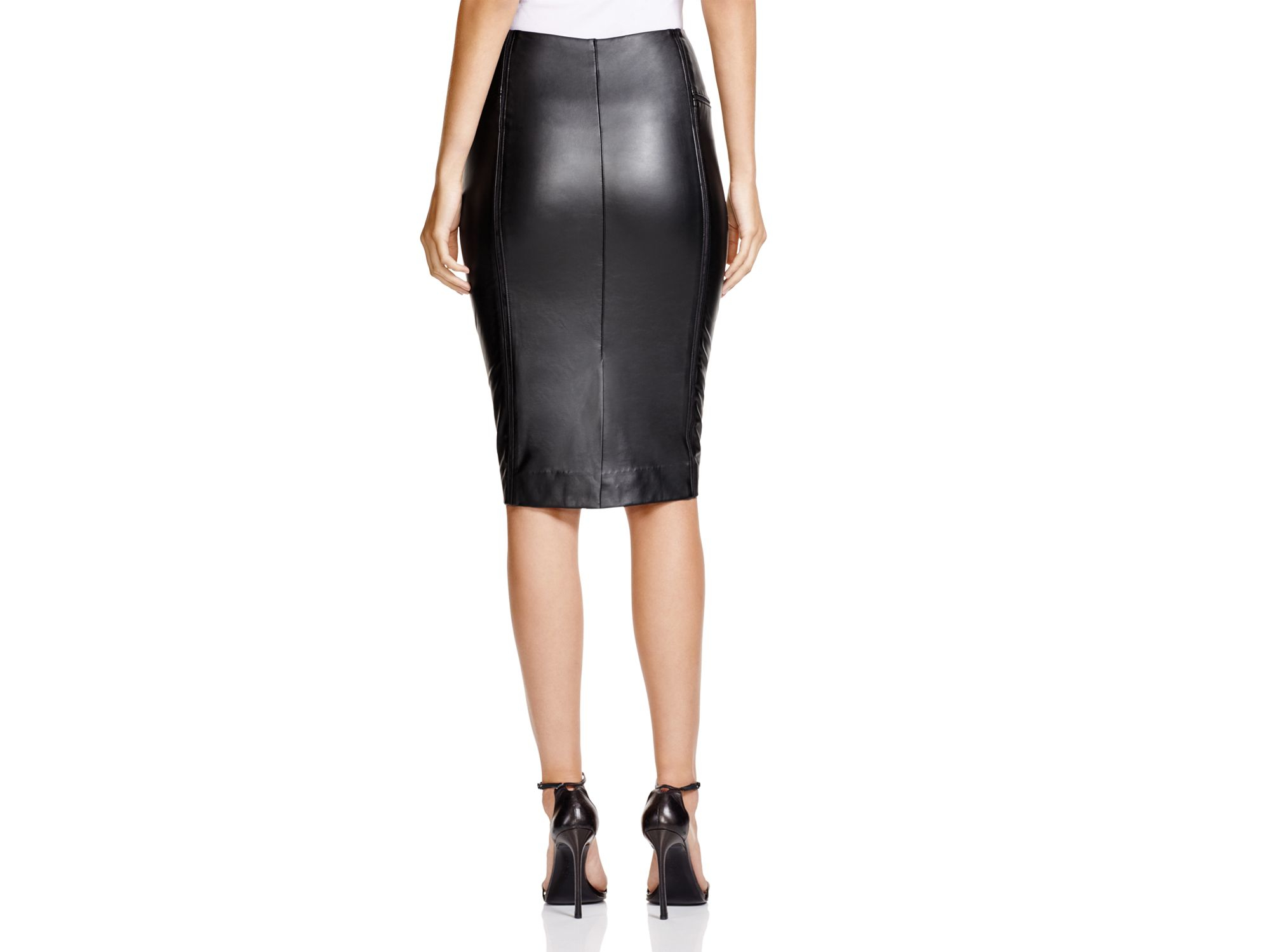 Lyssé Faux Leather Pencil Skirt in Black | Lyst