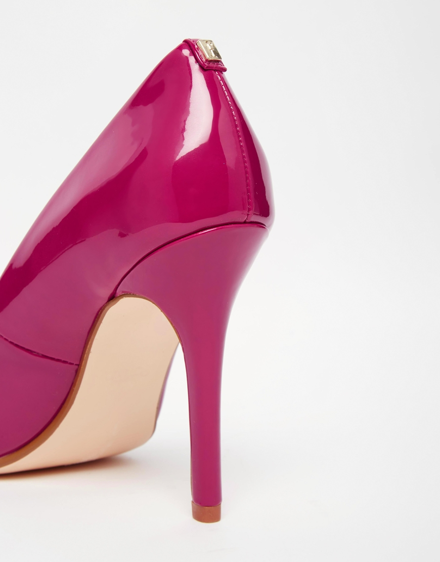 faith callaways berry patent heeled pumps in pink lyst