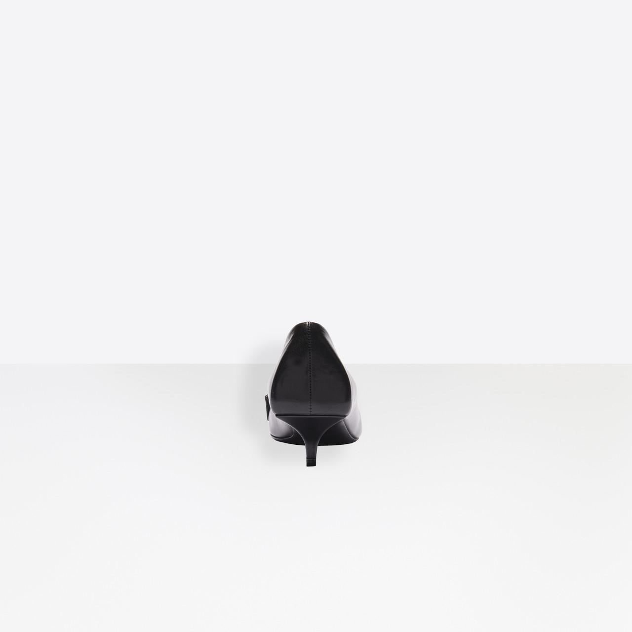 Zapatos de salón Knife con flecos de 40 mm Balenciaga de Cuero de color Negro