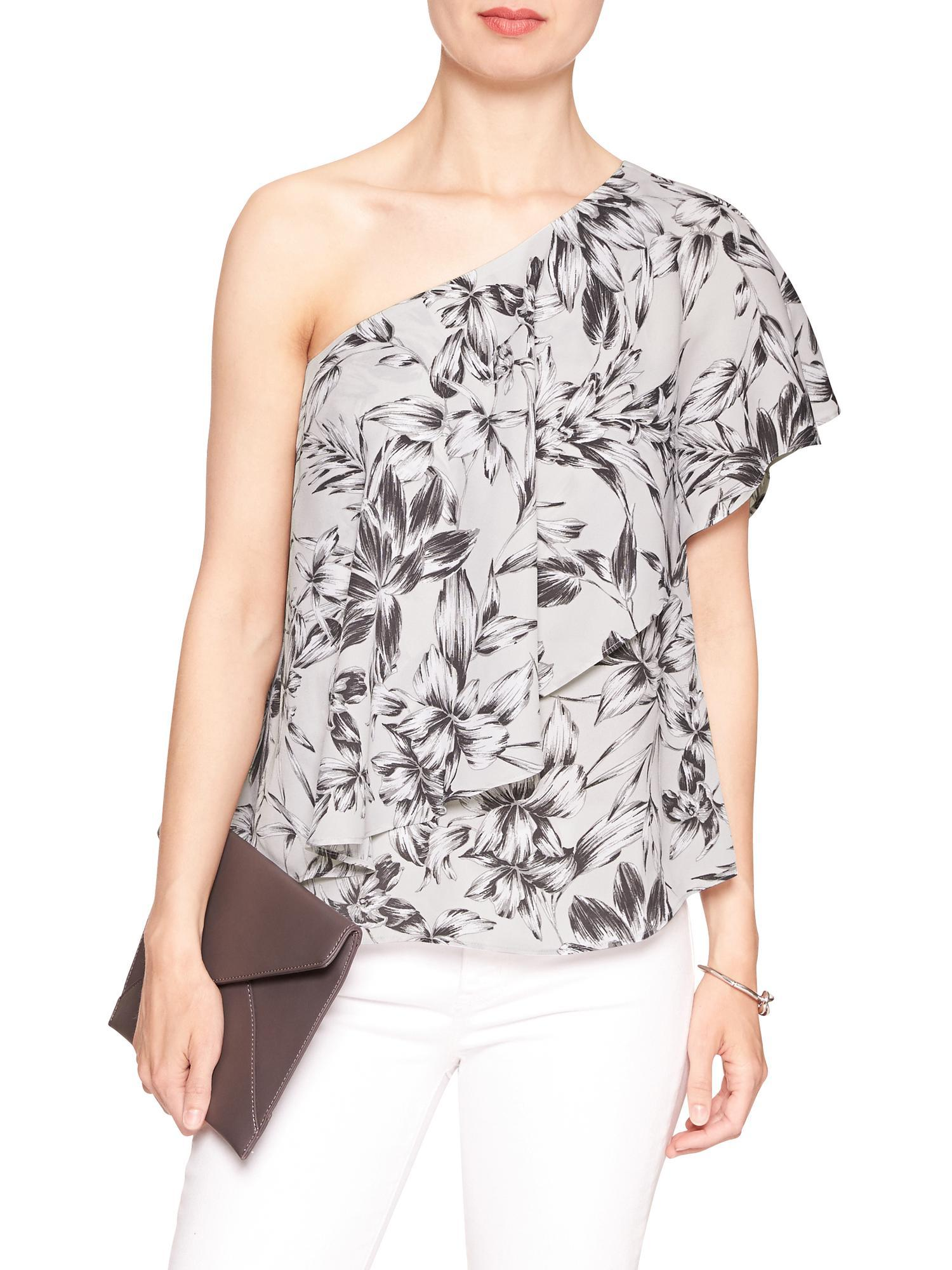 0d57fa26af793 Lyst - Banana Republic Factory Print Drapey One-shoulder Top in Gray