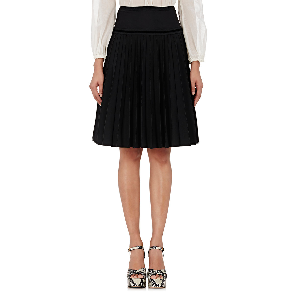 Perfect I Received A Very Pleasing One Recently From A London Reader, Who Wrote Encouraged By Your Remarks About The Chic Of Older Women  Skirts, It Is