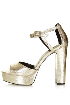 platform sandals metallic Gold