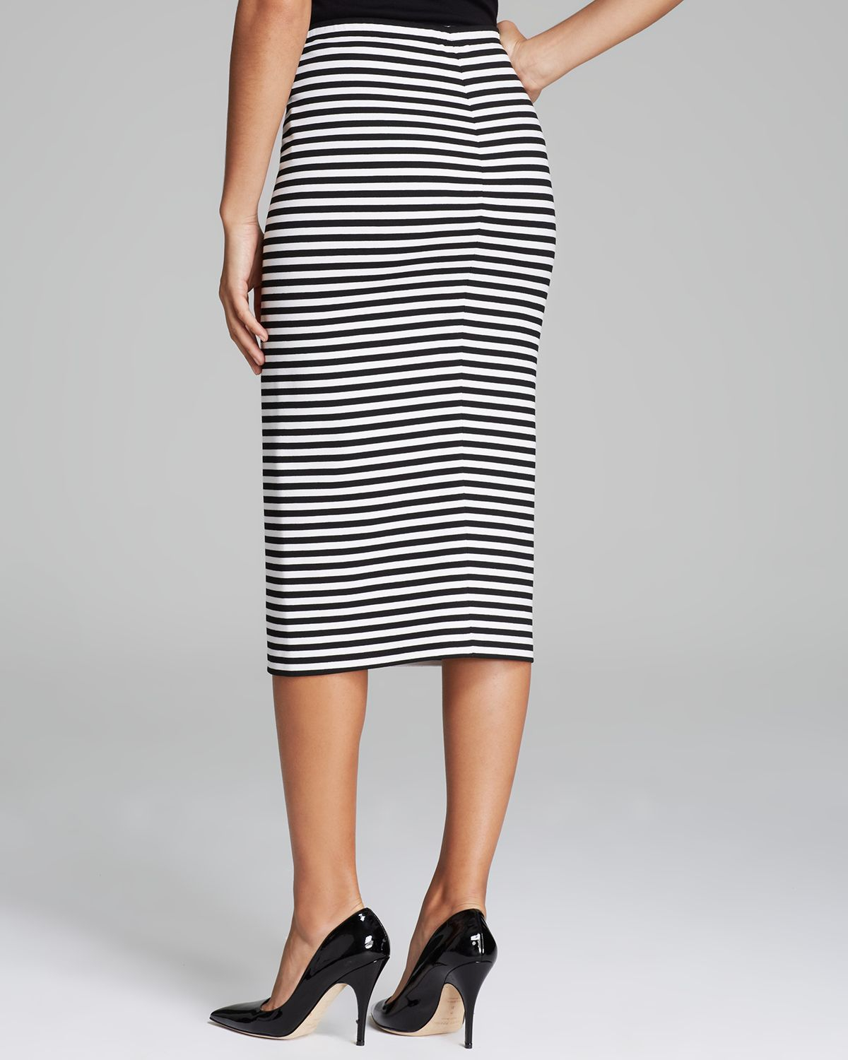 Collection Long Pencil Skirt Pictures - Watch Out, There's a ...