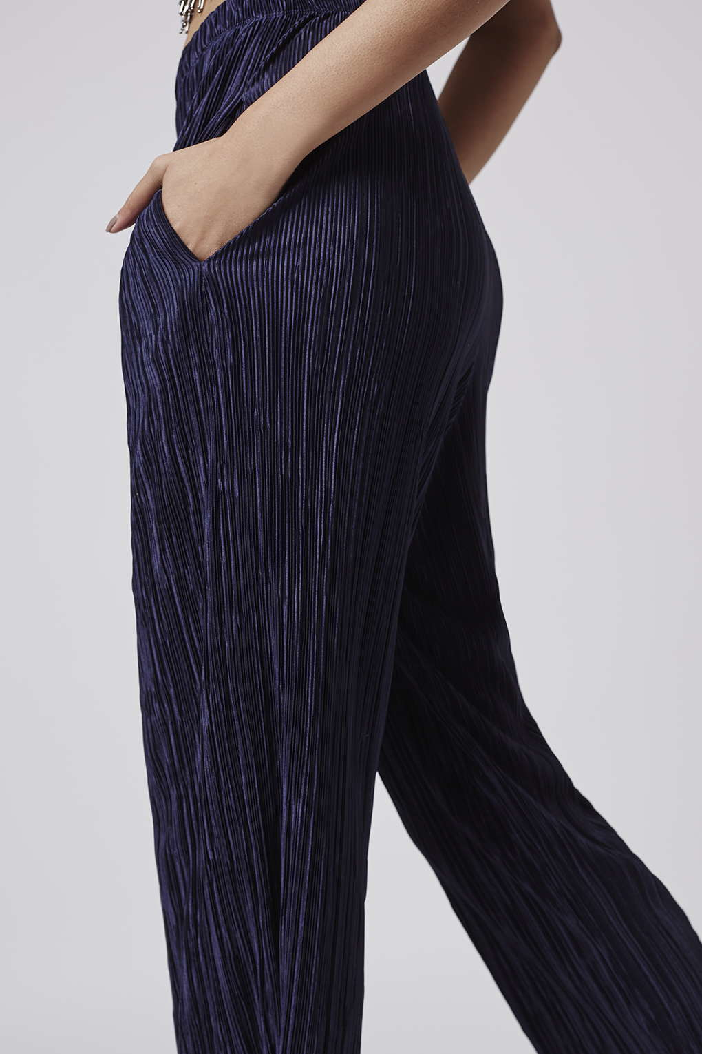 Topshop Pleated Awkward Length Trousers In Blue Lyst