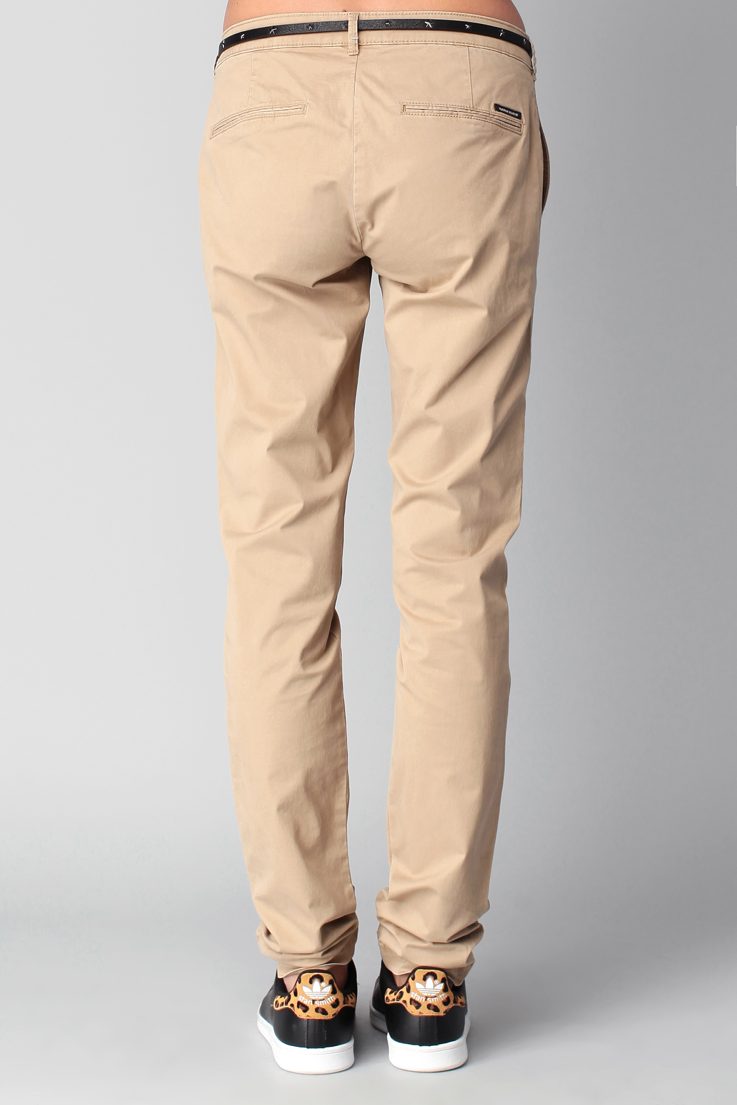 maison scotch chinos carrot in brown for men lyst