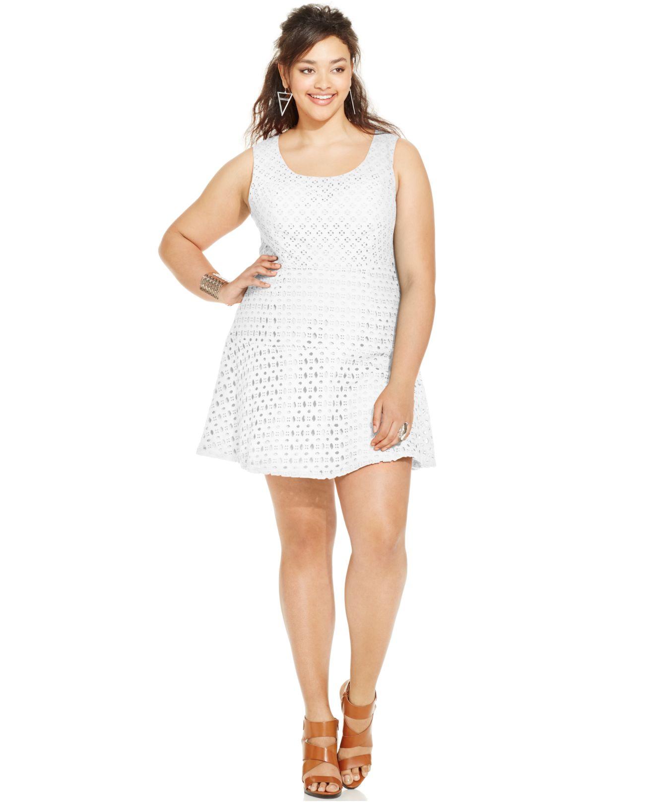 Jessica Simpson Plus Size Sleeveless Eyelet Flare Dress in White - Lyst