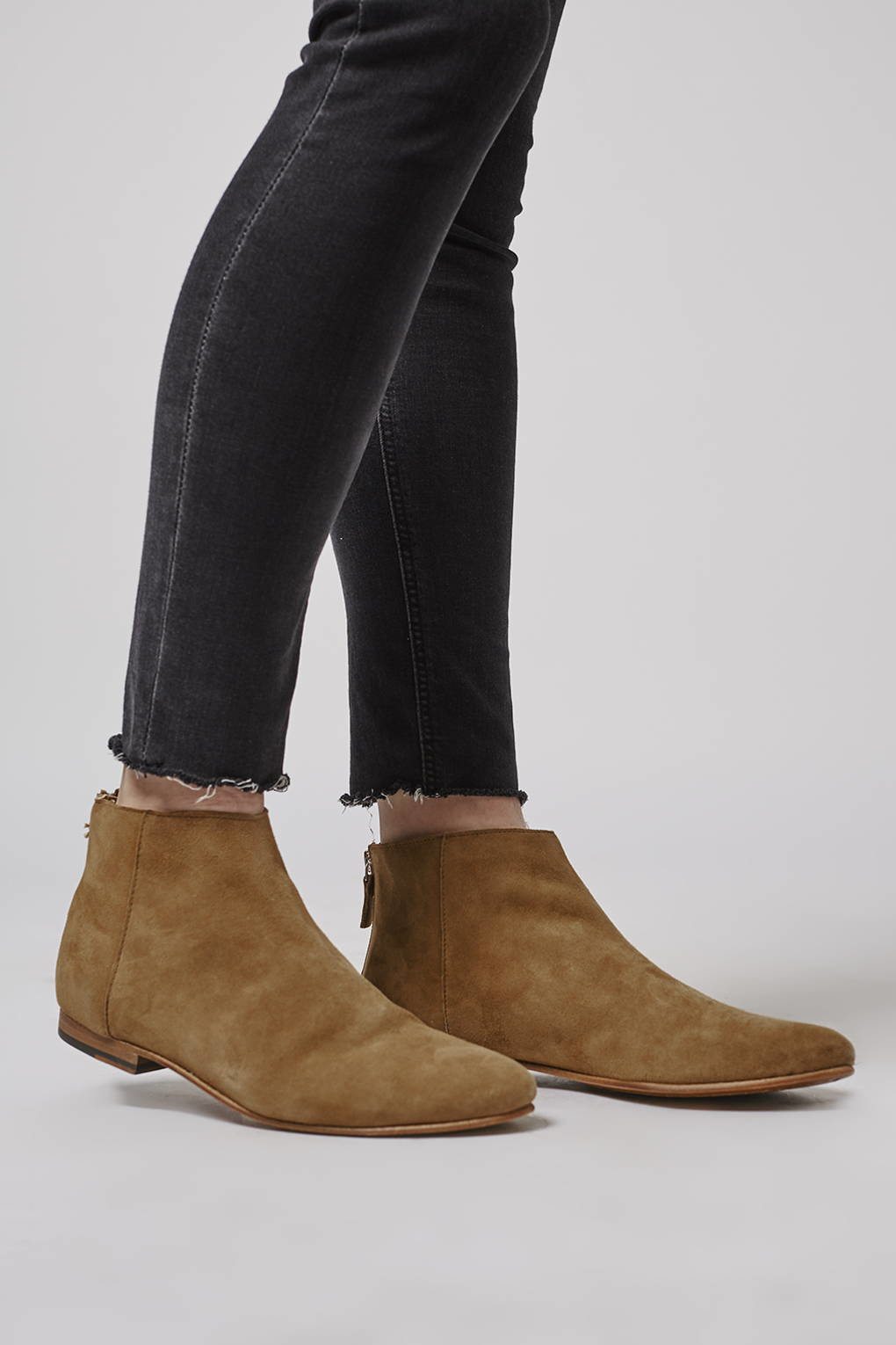 TOPSHOP Leather Apple-bee Ankle Boots in Tan (Brown)