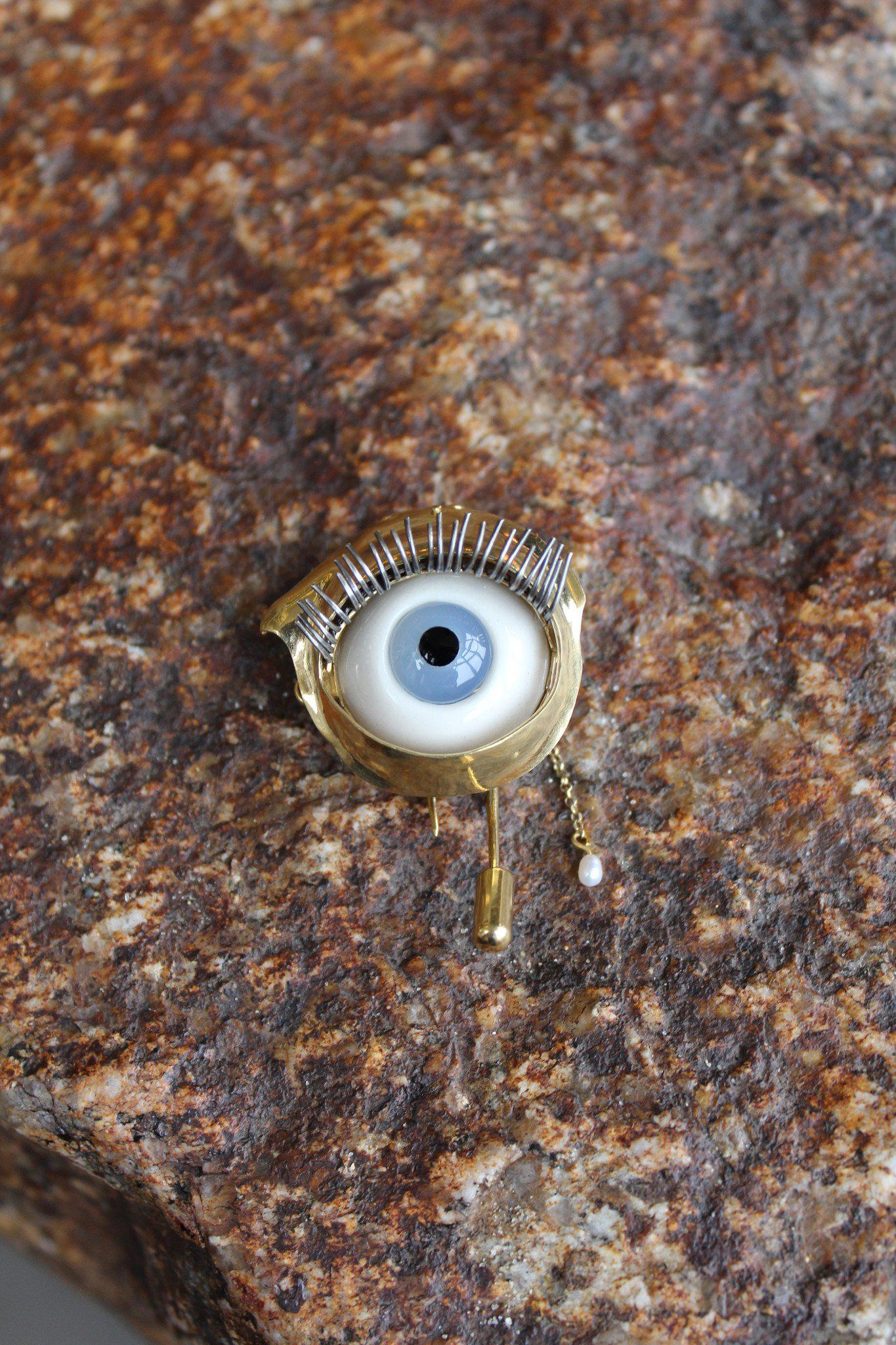 brooch to pin isabelmarant marant isabel eye talk me