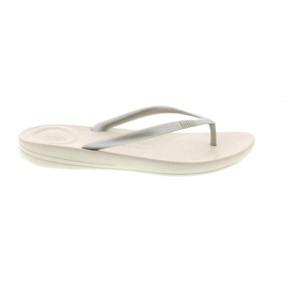 fd5efb908ca Fitflop Iqushion in Metallic - Lyst