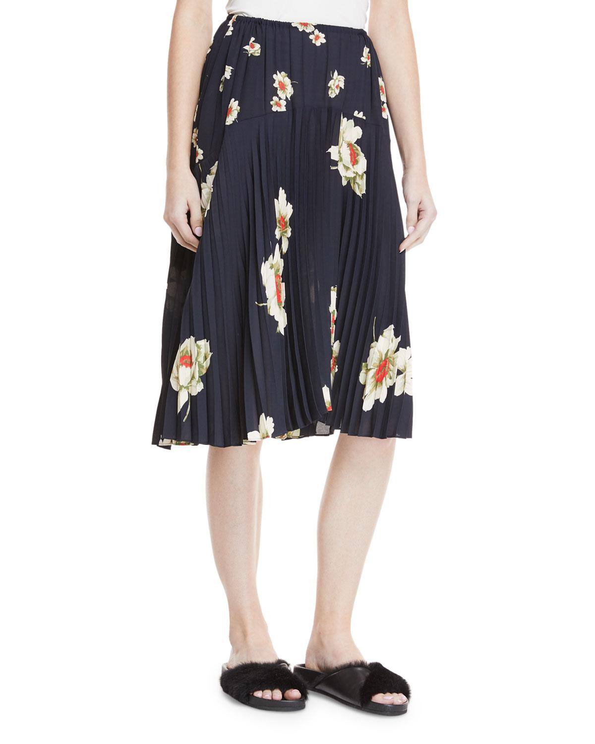ef96a074a2 Vince Gardenia Floral-print Pleated Seamed Midi Skirt in Blue - Lyst