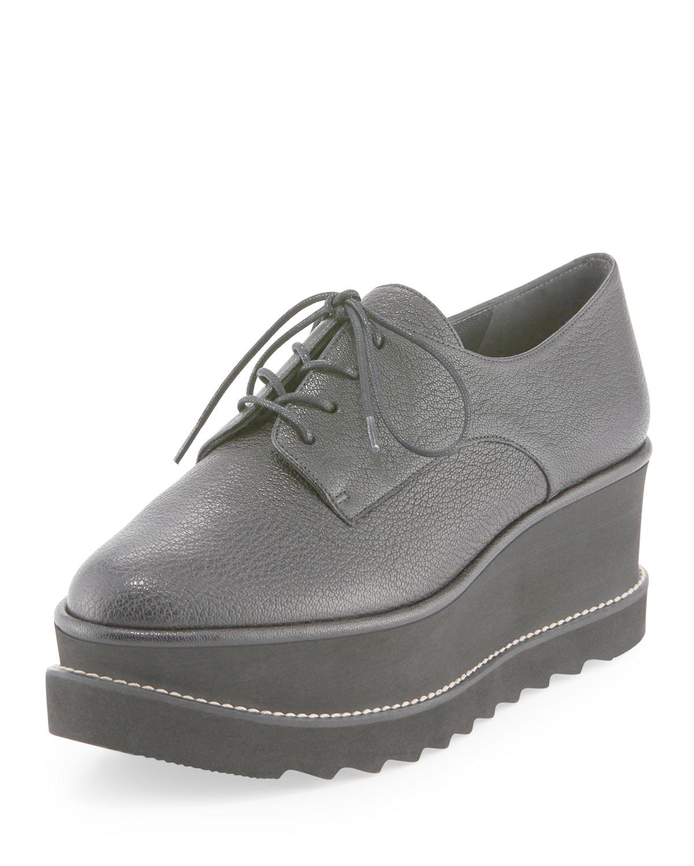 stuart weitzman kent leather platform oxford shoes in