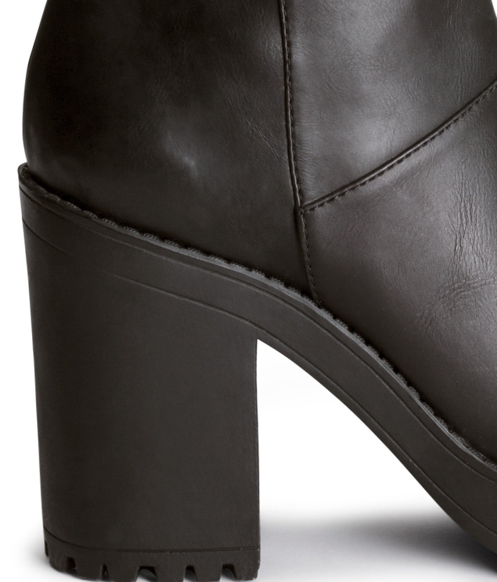 H&M Knee-High Platform Boots in Black