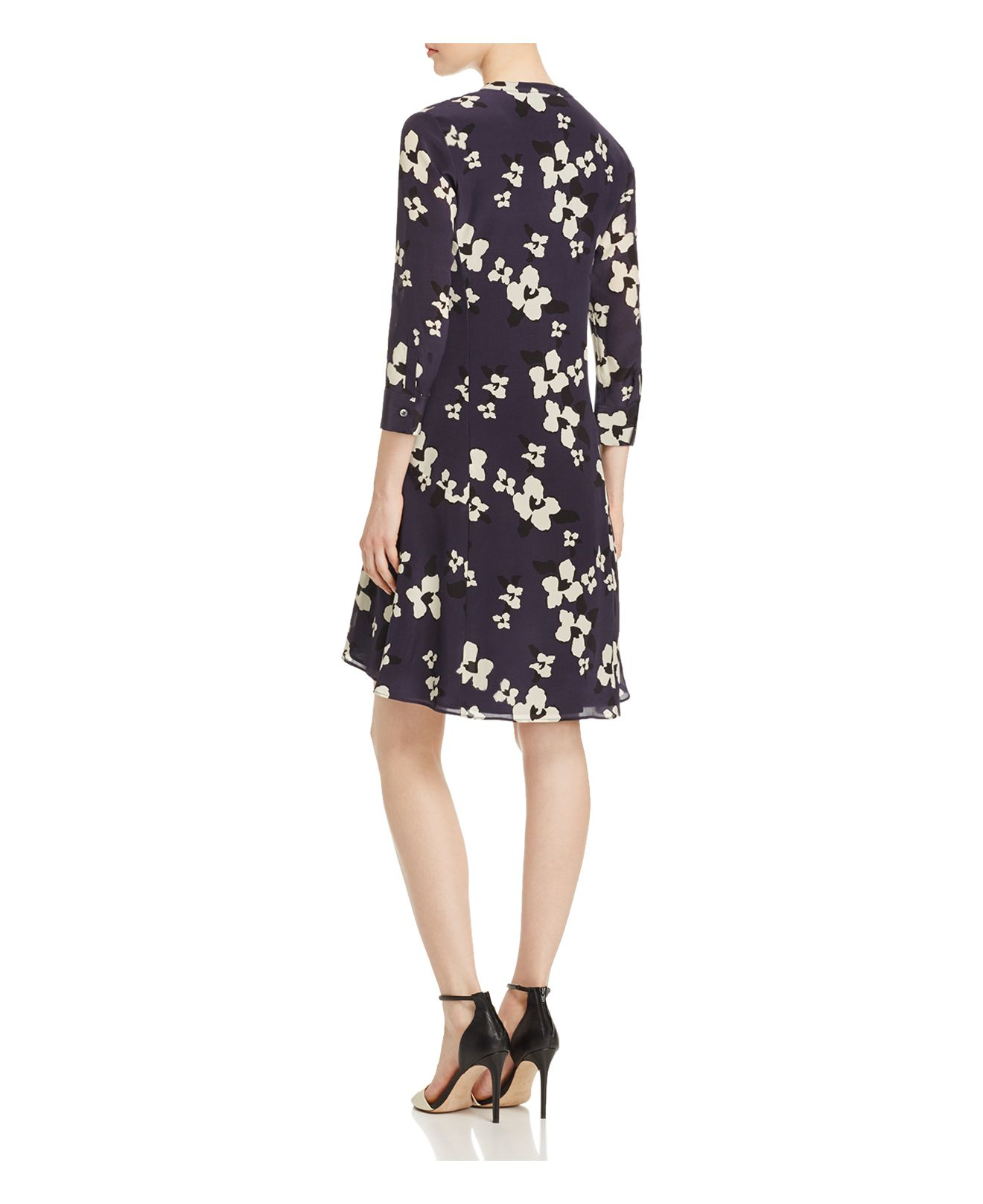 Theory Carstan Printed Silk Dress In Natural Lyst