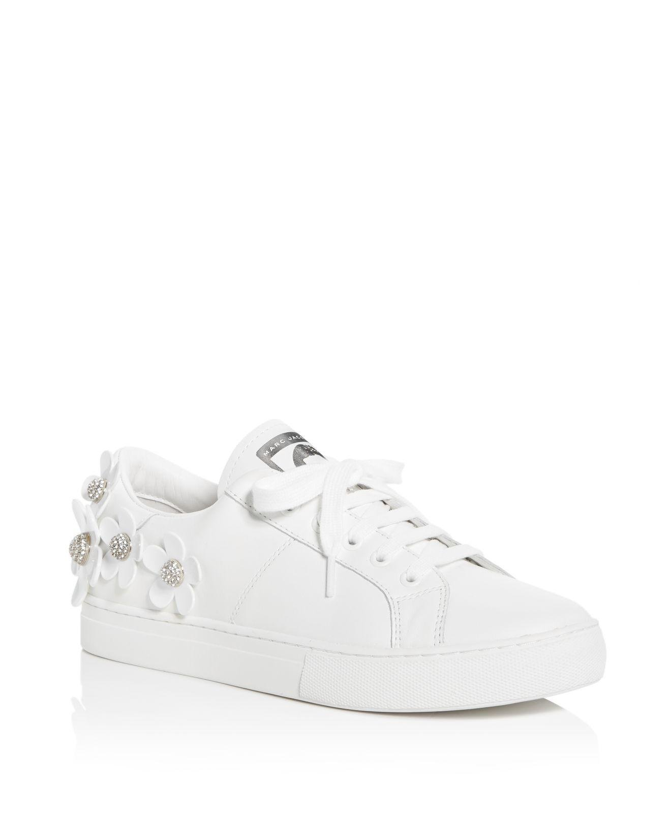 Marc Jacobs Women's Daisy Embellished Patent Leather Lace Up Sneakers J7FrH