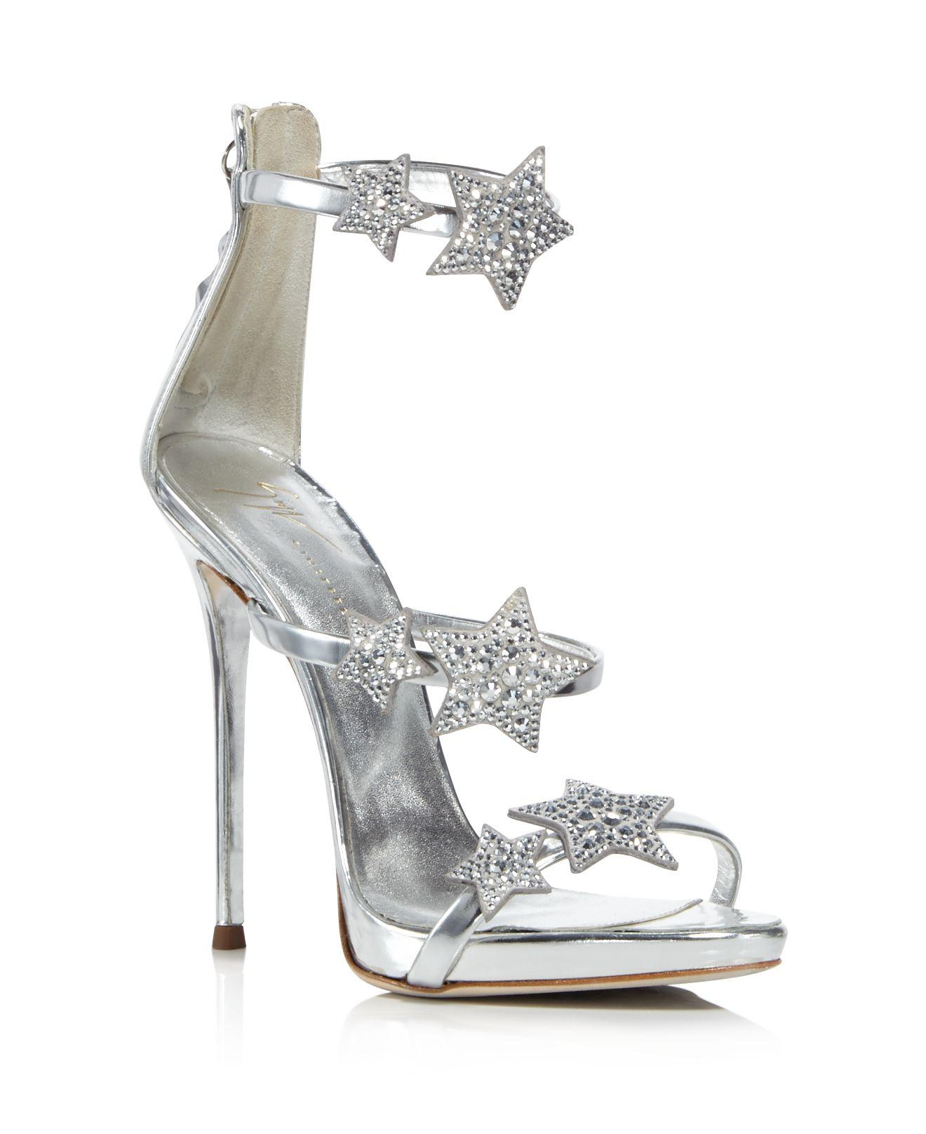 Giuseppe Zanotti Women's Strappy Leather & Crystal Embellished Star High-Heel Sandals jhXgBVbm