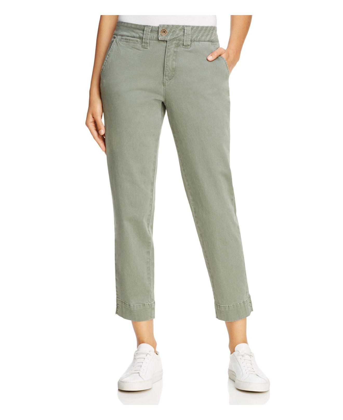 Shop great deals on quality women's clothing at Bass Pro Shops. Discover women's casual clothing from brands including Natural Reflections, Columbia & more.