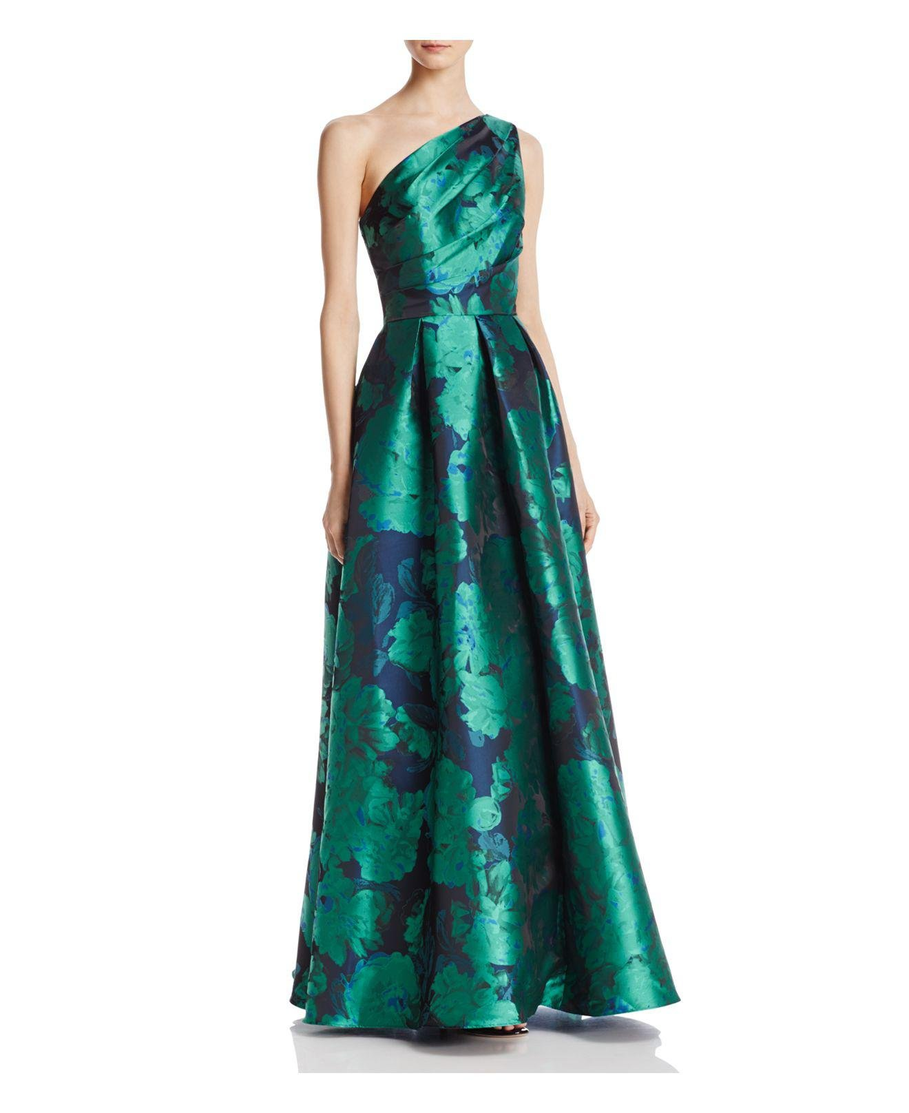 Lyst - Carmen Marc Valvo Infusion One Shoulder Gown in Green