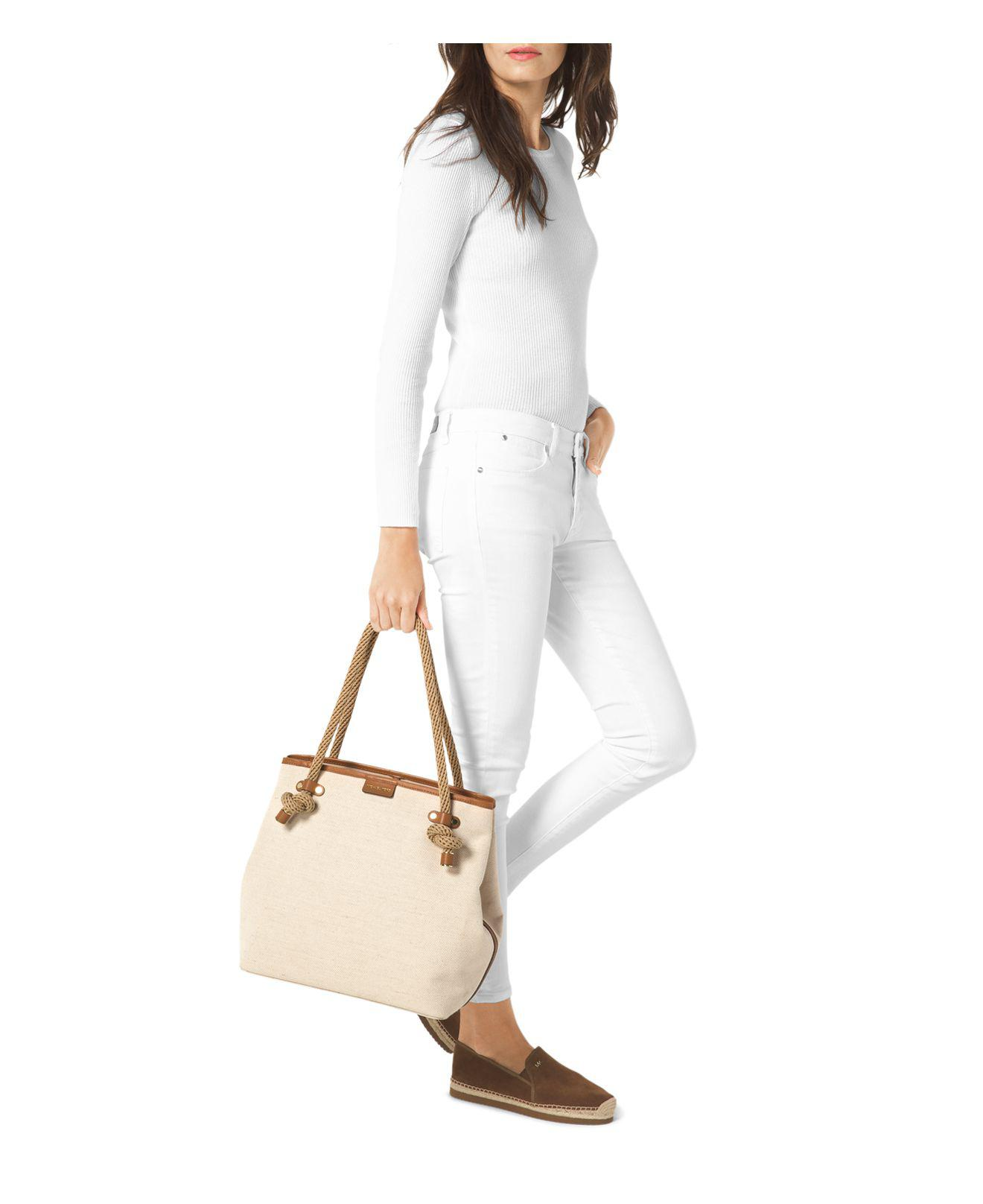 4a3009af0e4bb3 Gallery. Previously sold at: Bloomingdale's · Women's Beach Bags