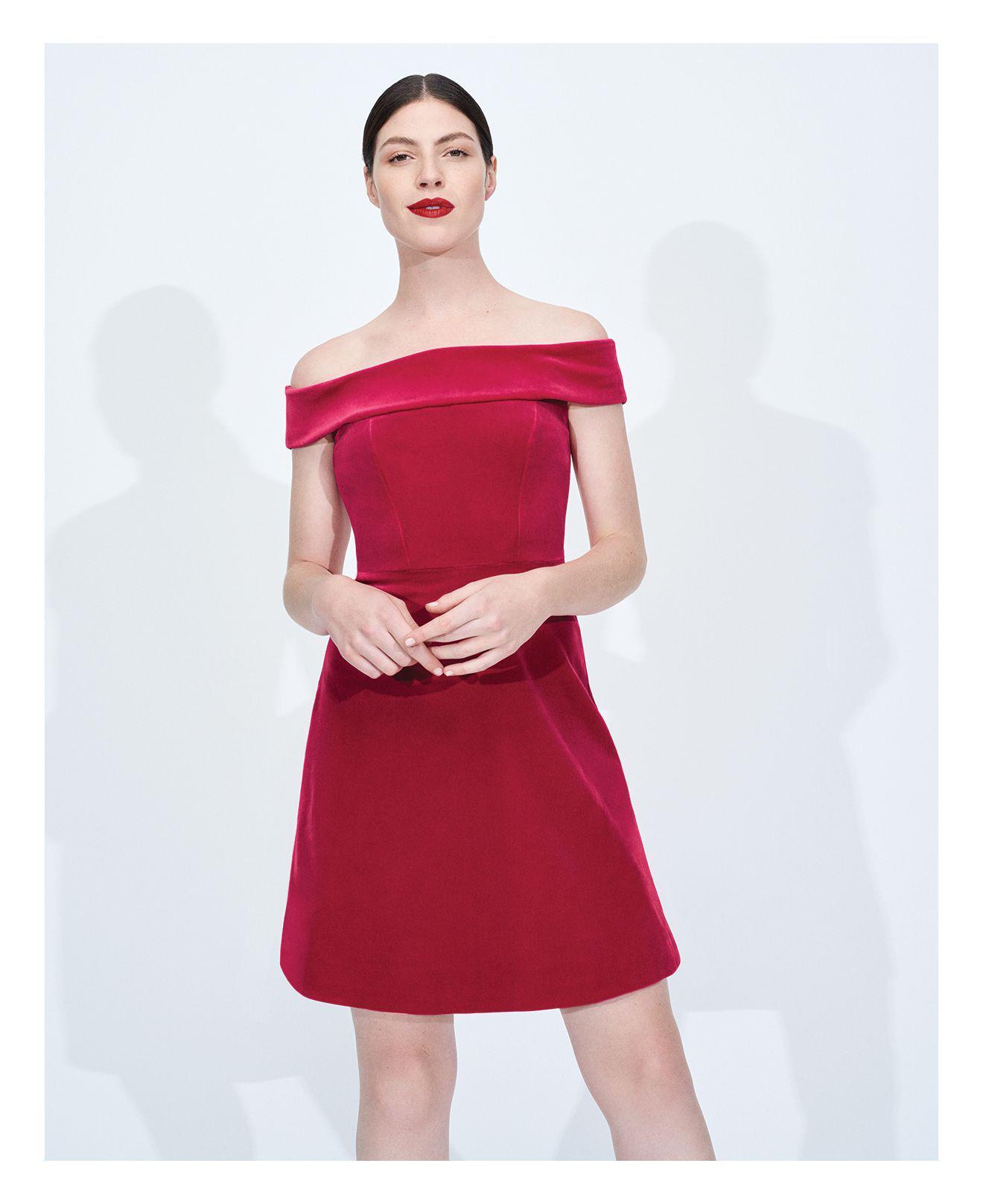 b0dbc93a7624 Lyst - Karen Millen Off-the-shoulder Velvet Bandeau A-line Dress in Pink