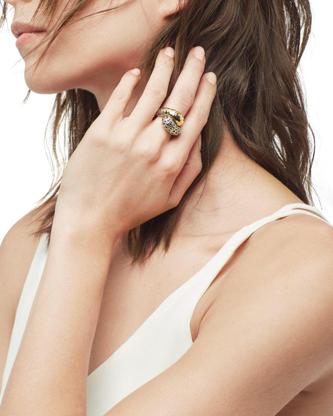 John Hardy Classic Chain Hammered 18k Gold And Sterling Silver Ring in Silver/Gold (Metallic)