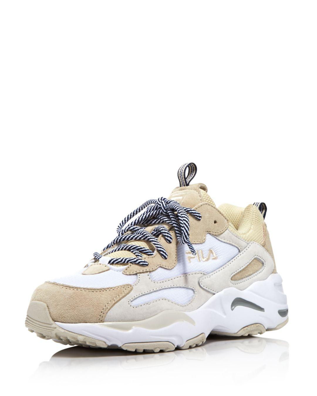 Ray Tracer Low-top Sneakers in White