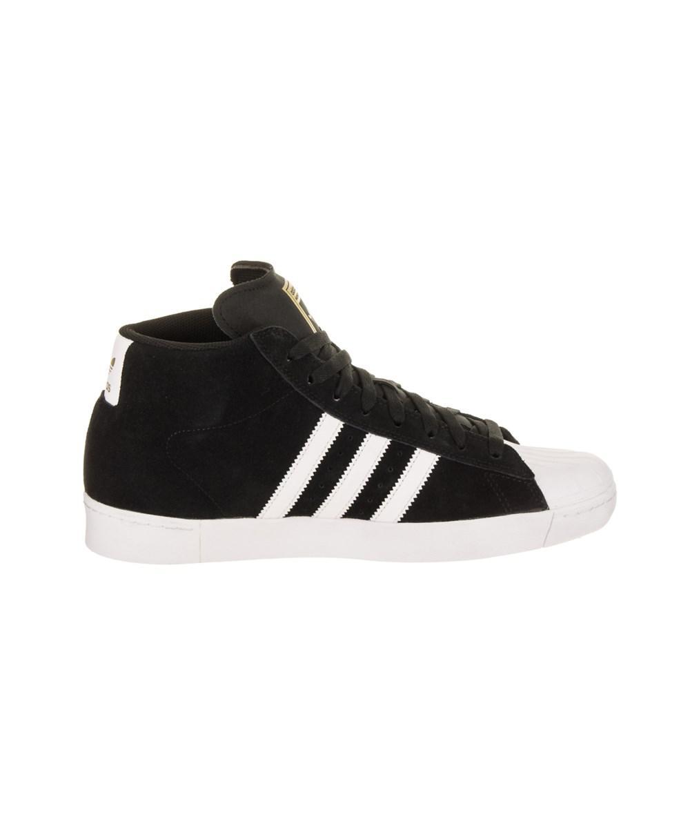 lyst adidas uomini (modello te avanzata pattinare scarpa in nero per gli uomini.