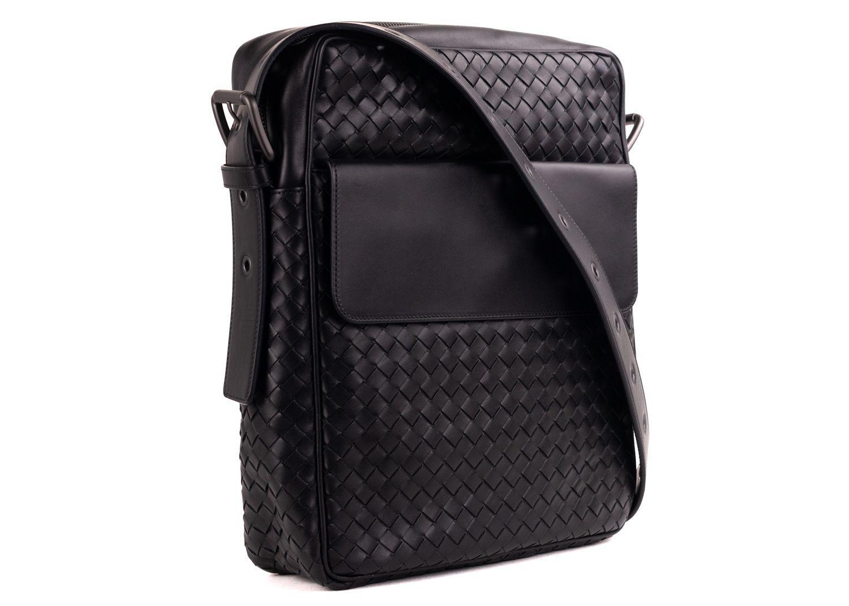 Bottega Veneta - Black Calf Leather Intrecciato Messenger Bag for Men -  Lyst. View fullscreen ee9e13b1b5a41