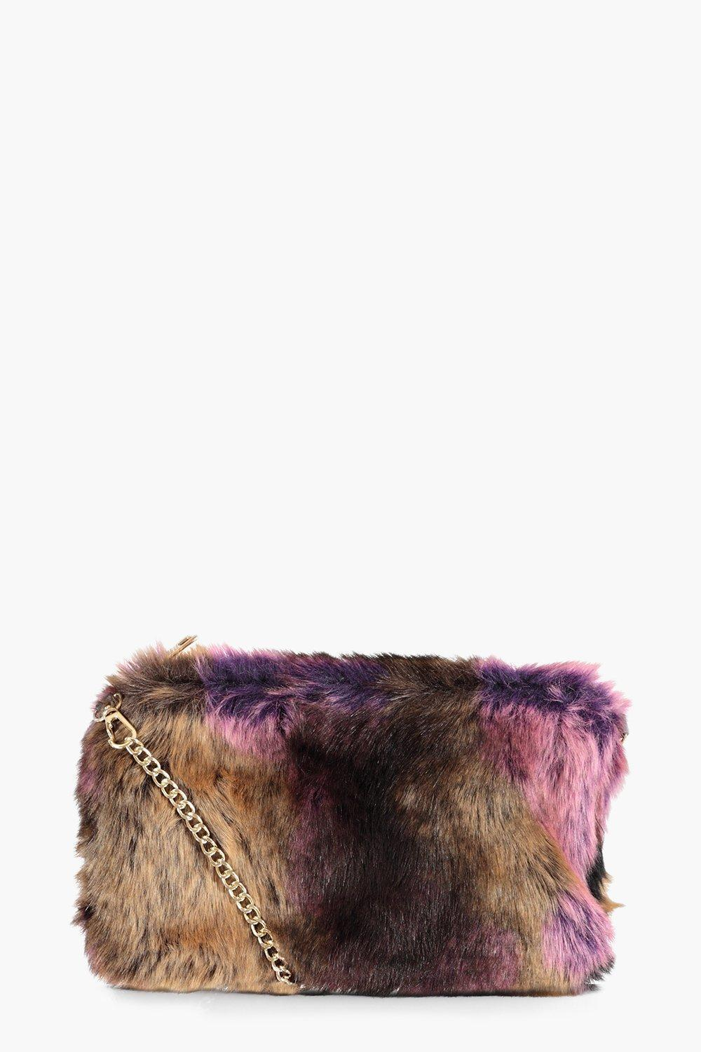 30df31838443 Gallery. Previously sold at  Boohoo · Women s Pink Clutch Bags ...