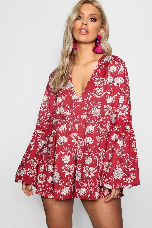 1b72415b955f Boohoo Plus Floral Smock Dress in Red - Lyst