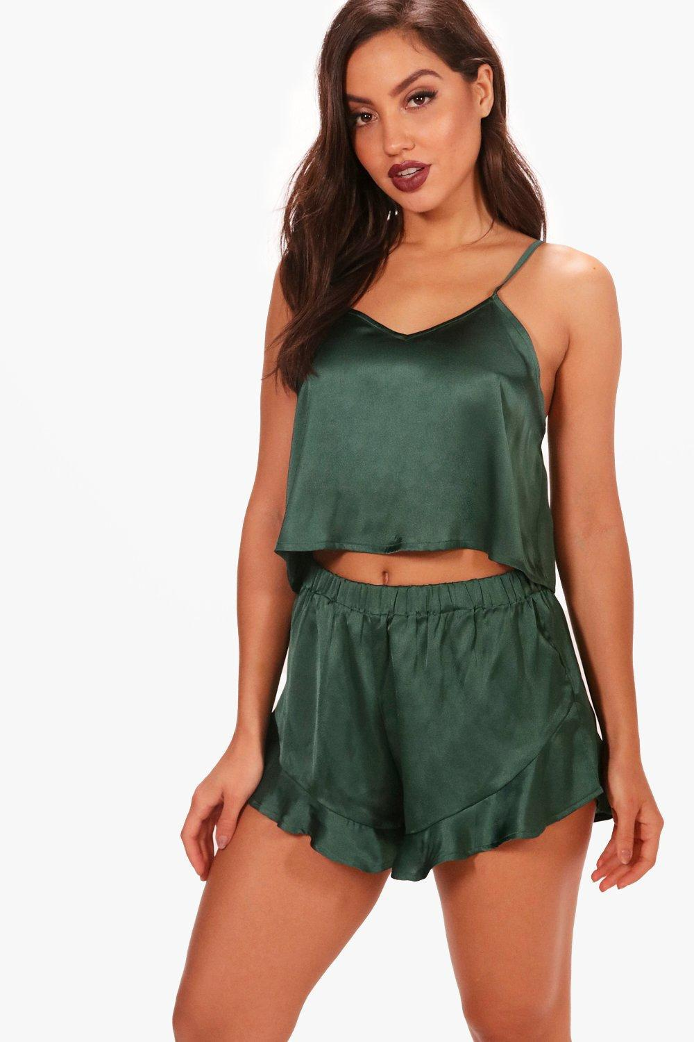 3b2713c2c8 Boohoo Satin Vest   Short Set in Green - Lyst