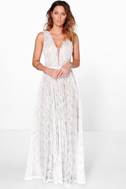 d04e8e735e1 Boohoo Boutique All Lace Plunge Neck Maxi Dress in White - Lyst