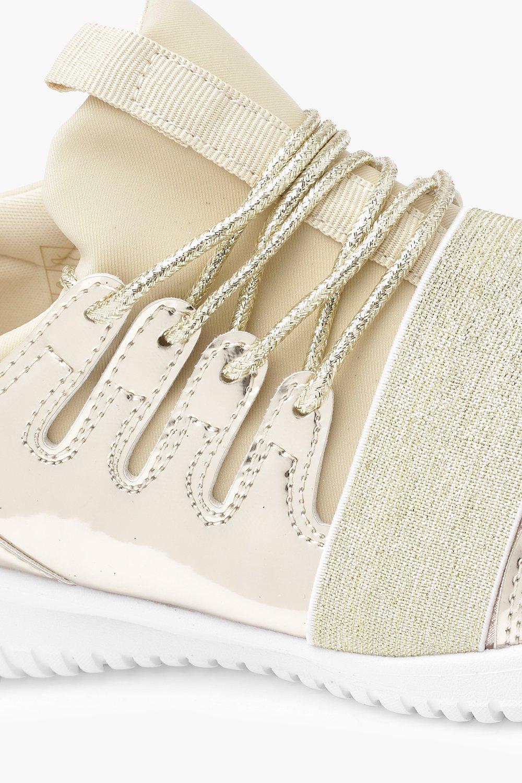 Boohoo Bethany Elastic Strap Shimmer Trainer in Gold (Metallic)