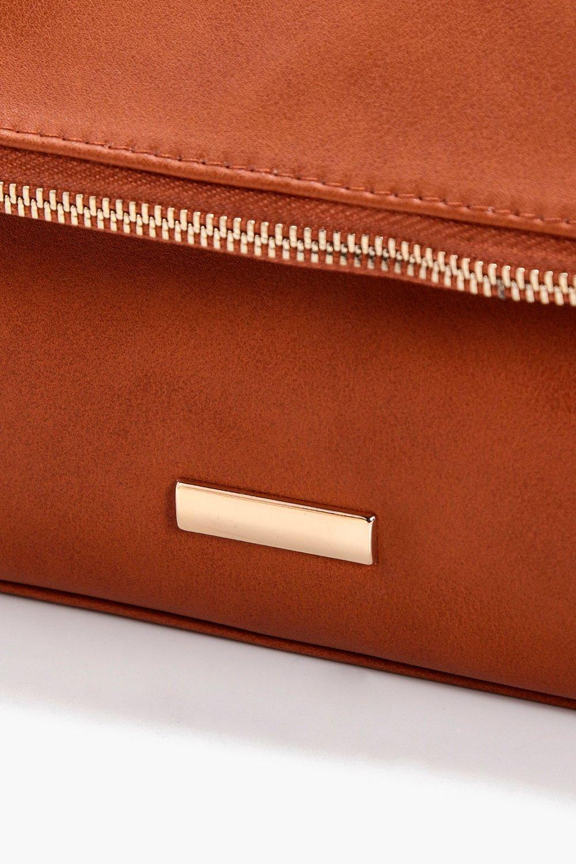 Boohoo Jenna Fold Over Zip & Plaque Cross Body Bag in Tan (Brown)