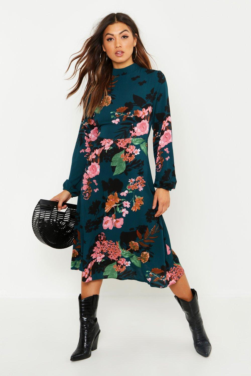 Lyst - Boohoo Floral Volume Sleeve Skater Dress in Green 0a43aebfb3