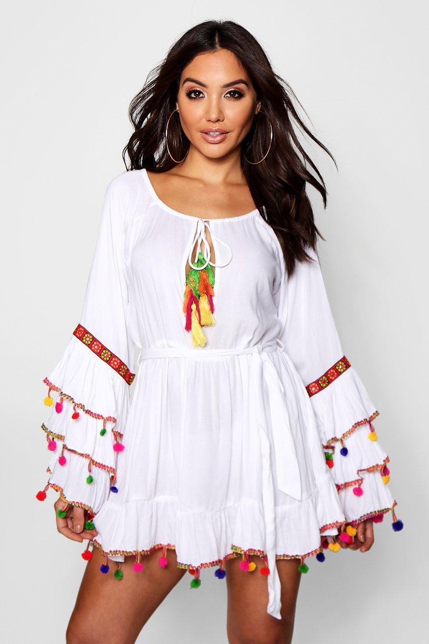 46fdd8761259 Boohoo Womens Plus Tassel Trim Flare Sleeve Beach Dress Damenmode