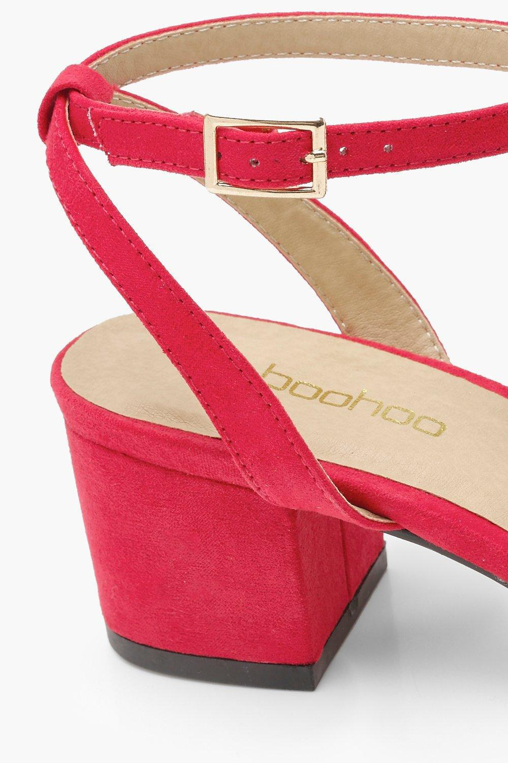2d9dc32d3e2 Lyst - Boohoo Wide Fit Wrap Pointed Block Heel Flats in Red