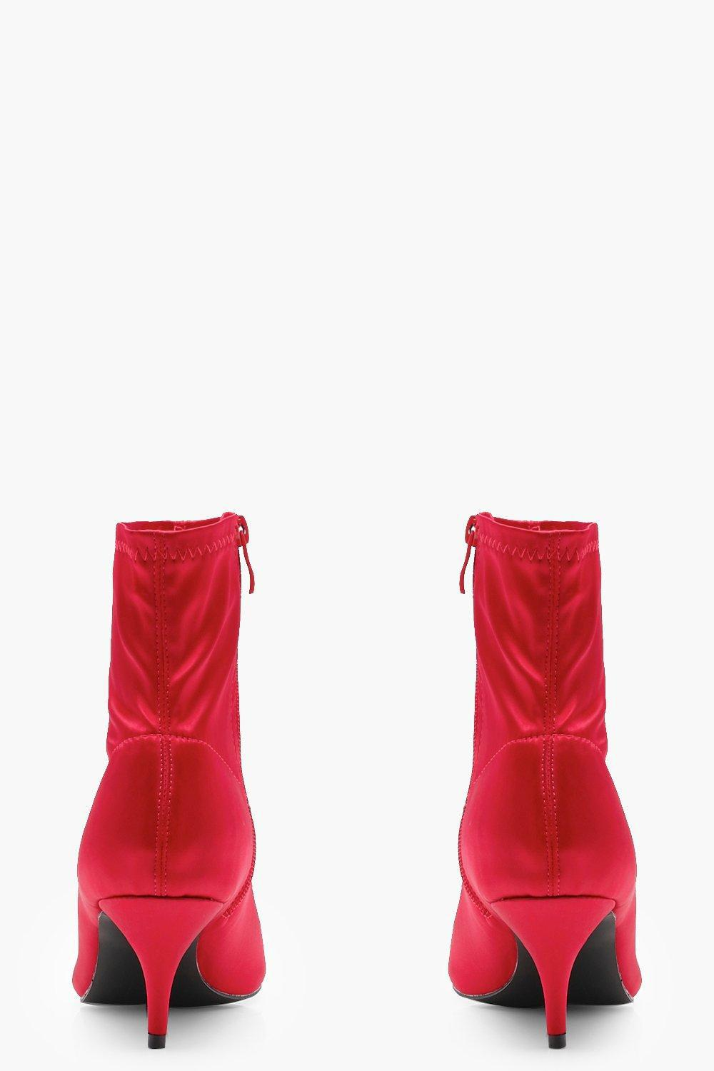 Boohoo Grace Pointed Kitten Heel Ankle Boot in Red