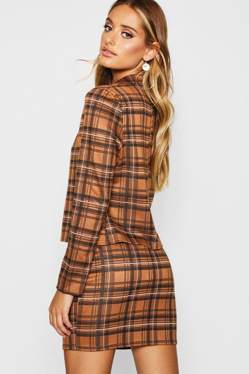 50dbc9877adb Boohoo Knitted Check Blazer And Skirt Set in Brown - Lyst