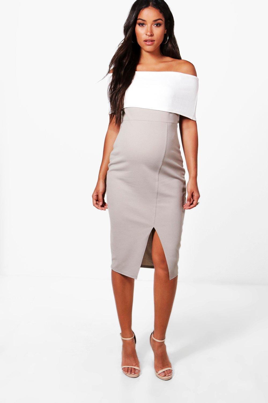 24e95fa99ebe9 Boohoo. Women's Maternity Contrast Off The Shoulder Midi Dress