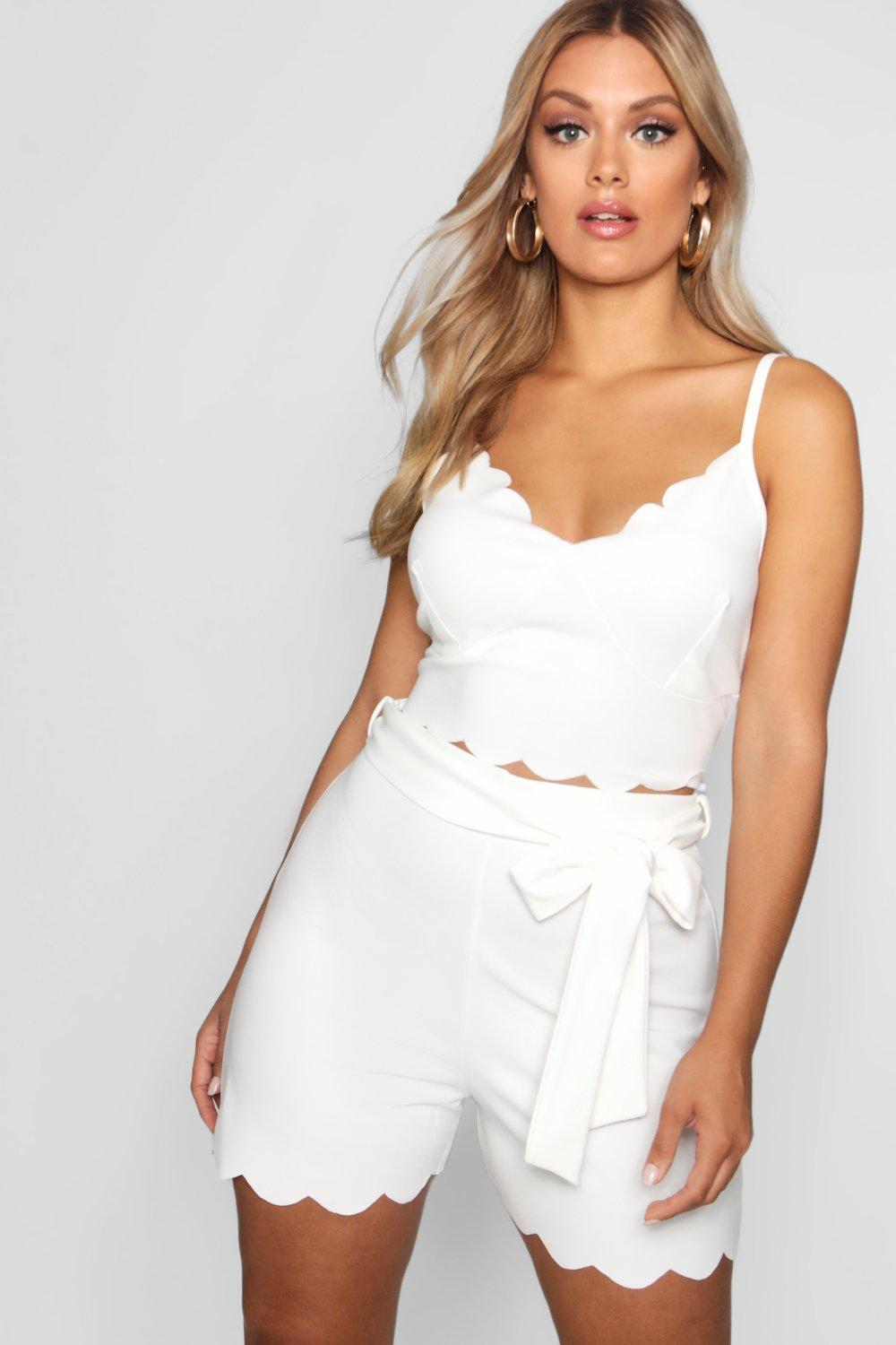 b81446ba3847 Boohoo Plus Crepe Scallop Bralet + Short Co-ord in White - Lyst