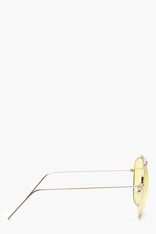 Boohoo Yellow Lens Aviator Sunglasses in Gold (Metallic)