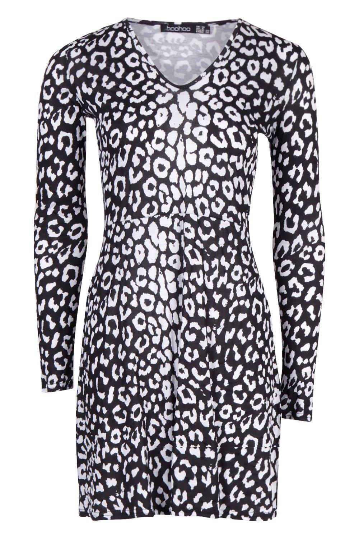 3093fa3d9e Boohoo - Black Animal Print V-neck Long Sleeve Skater Dress - Lyst. View  fullscreen