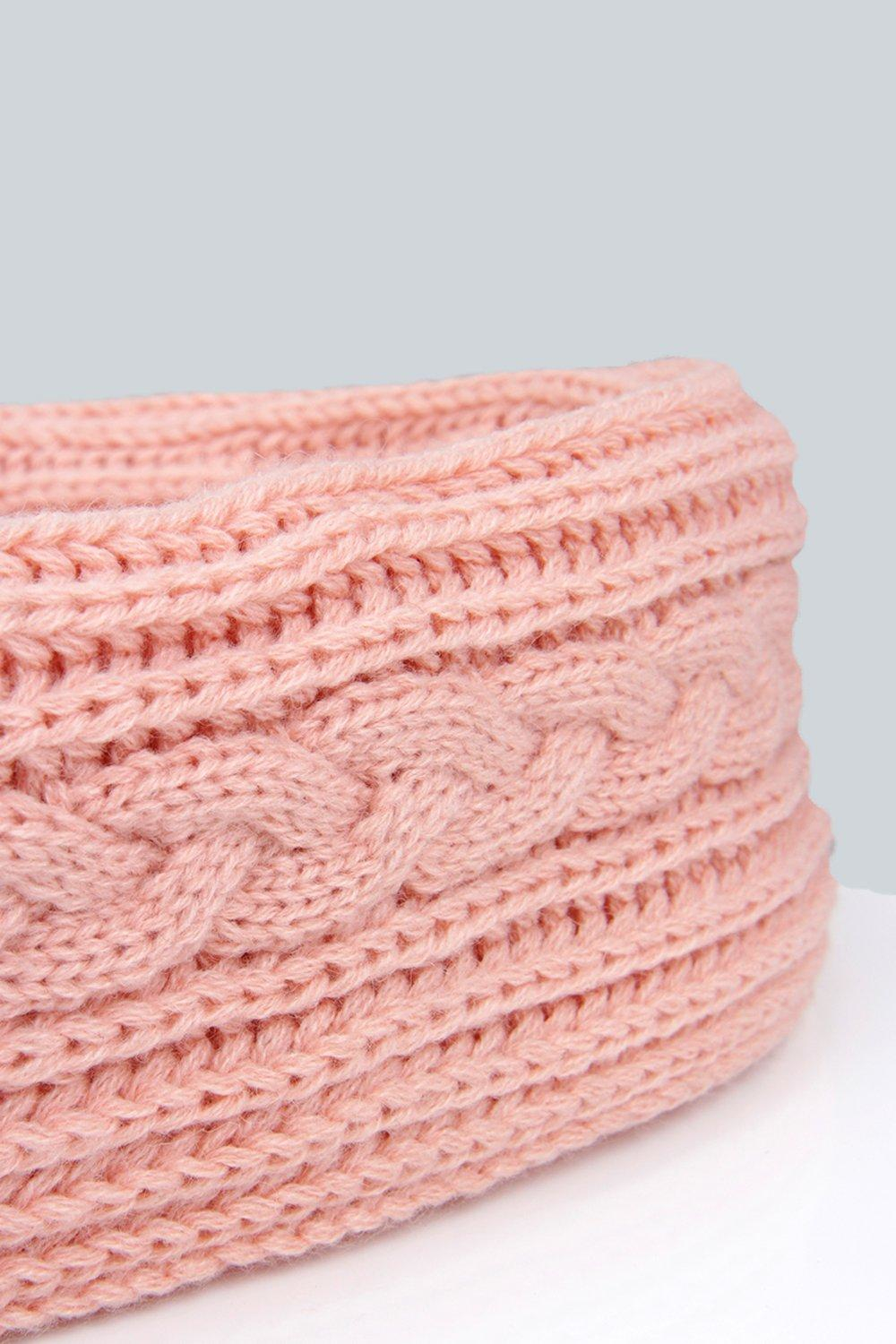 Boohoo Evie Cable Knit Snood in Pink