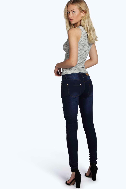 Boohoo Denim Eve Low Rise Rip Patch Distressed Skinny Jeans in Dark Blue (Blue)
