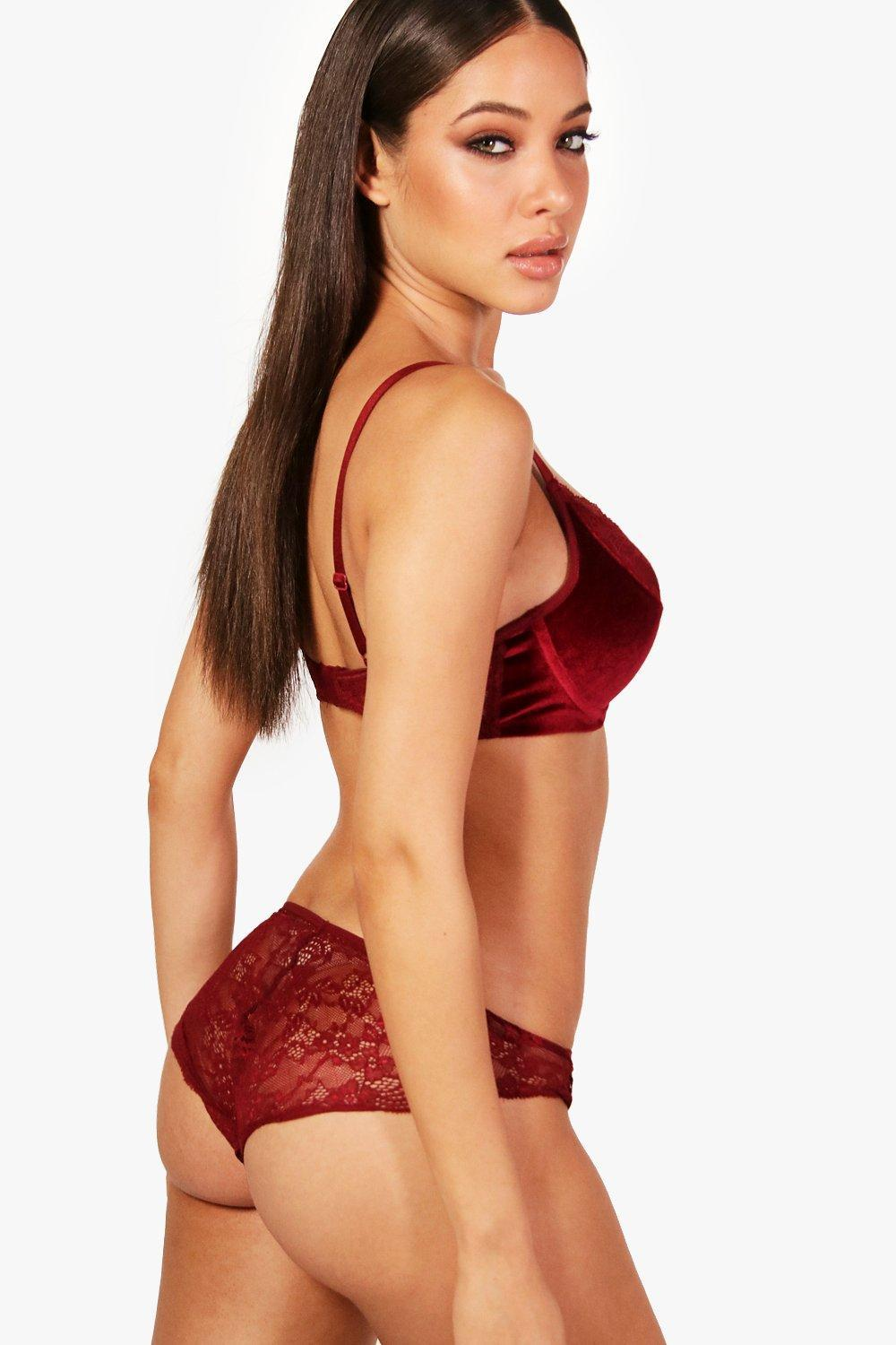 7e18b6b855 Lyst - Boohoo Push Up Velvet   Lace Underwire Bra in Red