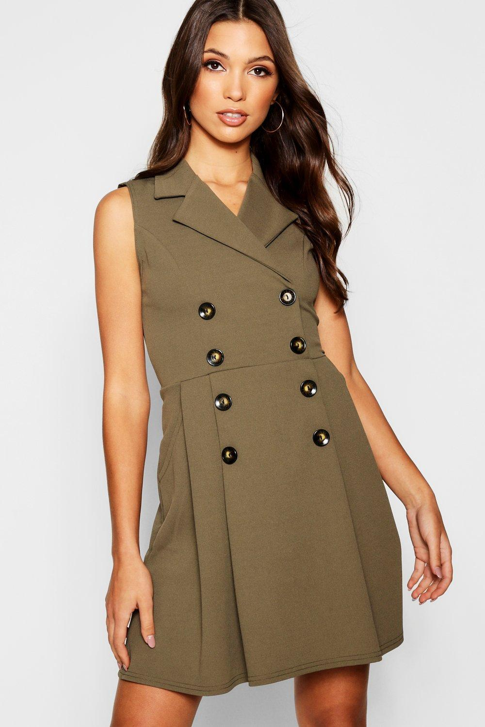 509d4f8db576b Boohoo Blazer Double Breasted Pocket Detail Horn Button Dress in ...